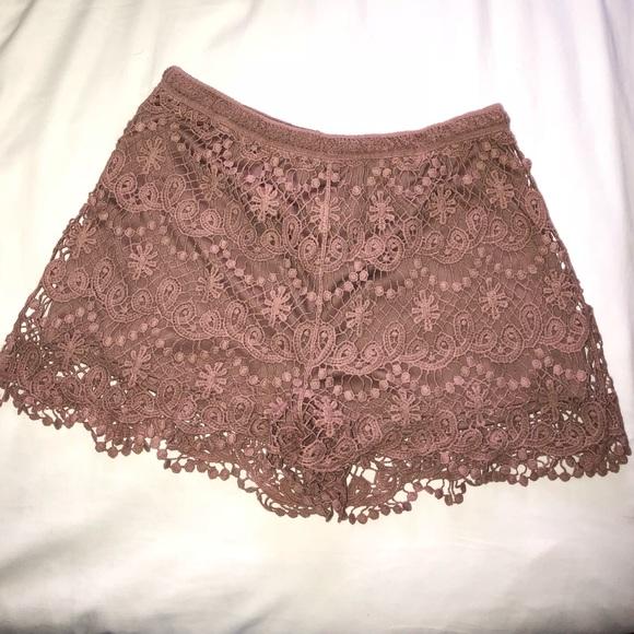 Pants - Lace Highwaisted Mini Shorts Medium